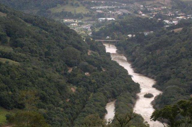 Maior reserva de água doce da América do Sul sob risco de contaminação