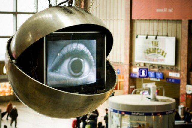 Big Brother em sua casa: Especialista prova que as TVs Smart são dispositivos de vigilância